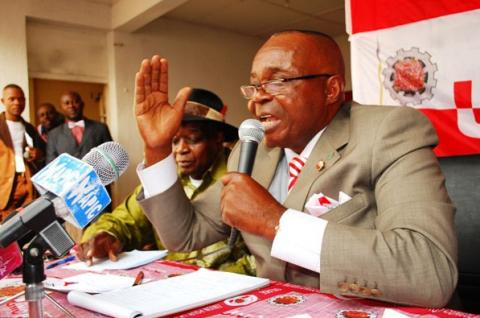 RDC: l'opposant Jean-Bertrand Ewanga arrêté au lendemain du meeting de l'opposition