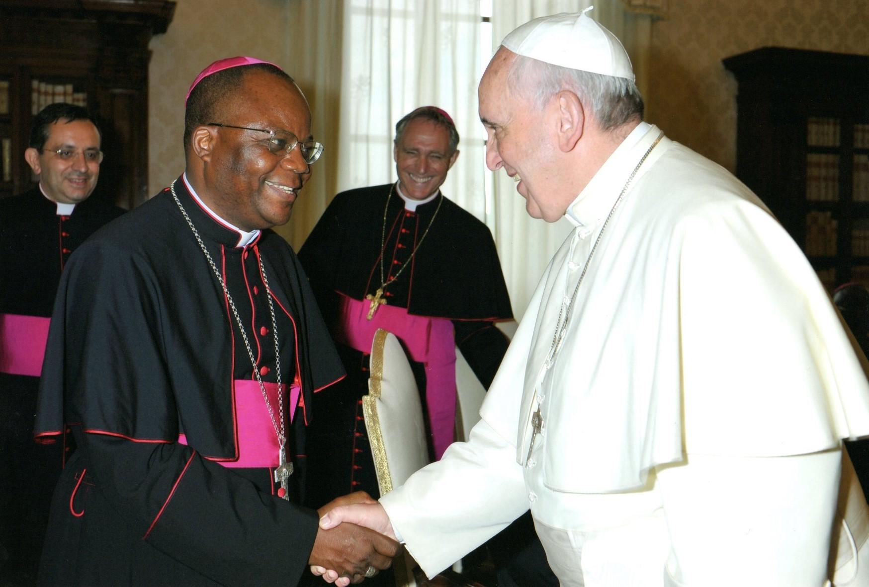 RDC: le «cri de détresse» de Mgr Mwanama, évêque du diocèse de Luiza