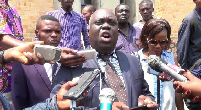 Présidentielle en RDC: invalidé, le candidat Jean-Paul Moka saisit le Conseil d'Etat