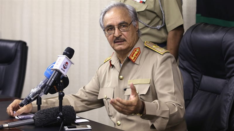 Libye: le maréchal Khalifa Haftar se dit prêt à marcher sur Tripoli