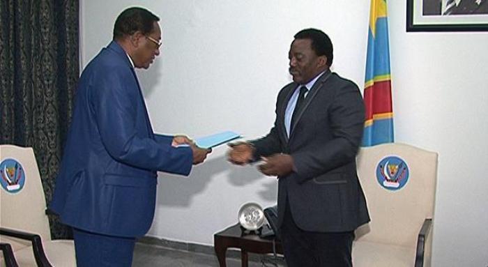 Face aux « difficultés économiques », le pouvoir de Kinshasa demande un soutien financier