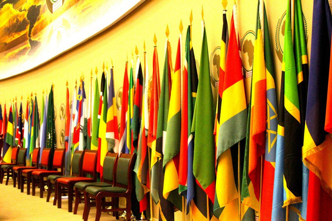«Pays de merde»: 54 pays africains réclament des excuses à Donald Trump