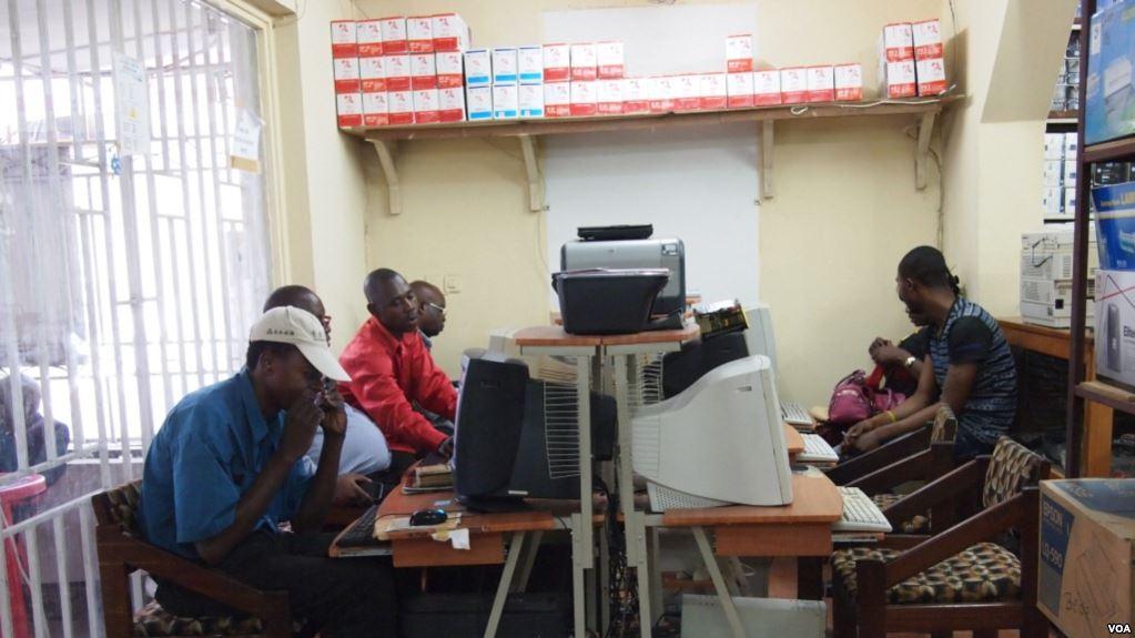 Marche anti-Kabila du 25 février: les Kinois s'organisent en prévision de coupures d'internet
