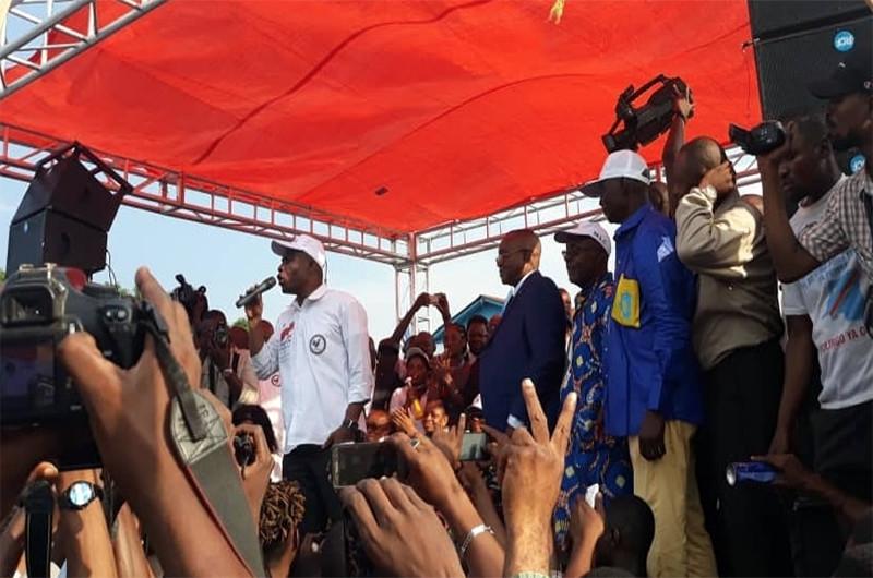 En meeting à Matadi, Martin Fayulu dénonce l'injustice de la communauté internationale