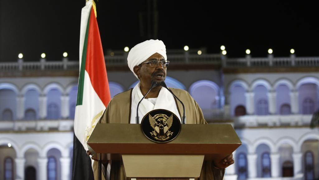 Soudan: 130 millions de dollars saisis dans le domicile d'Omar El-Béchir