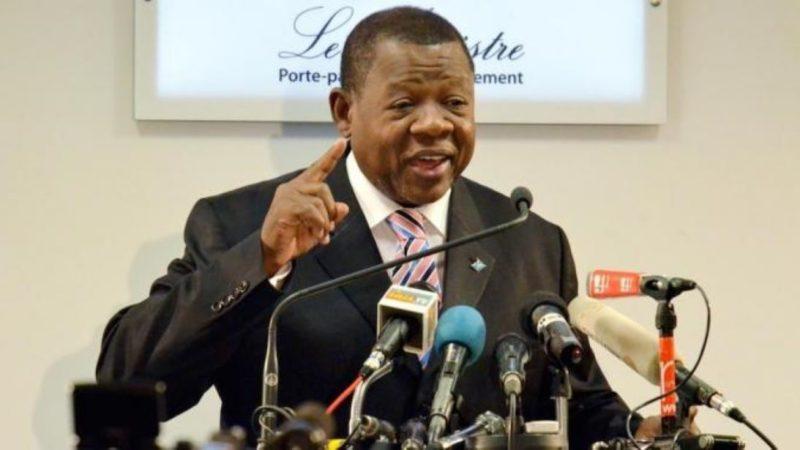 Lambert Mende, l'ex-porte-parole du régime Kabila brièvement arrêté puis relâché dans une affaire de diamant