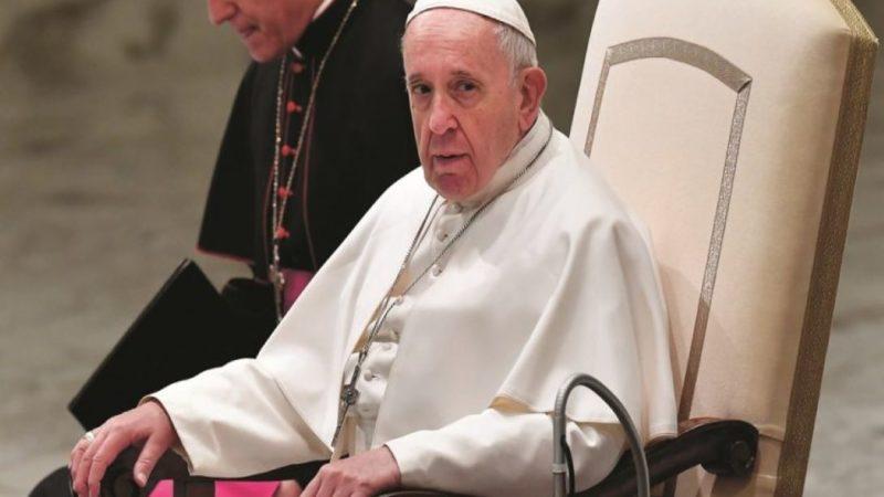 Vatican: Le pape nomme deux femmes laïques sous-secrétaires à la curie