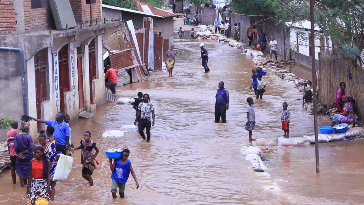 RDC: Au moins 46 morts lors des inondations meurtrières à Uvira (VIDEO)