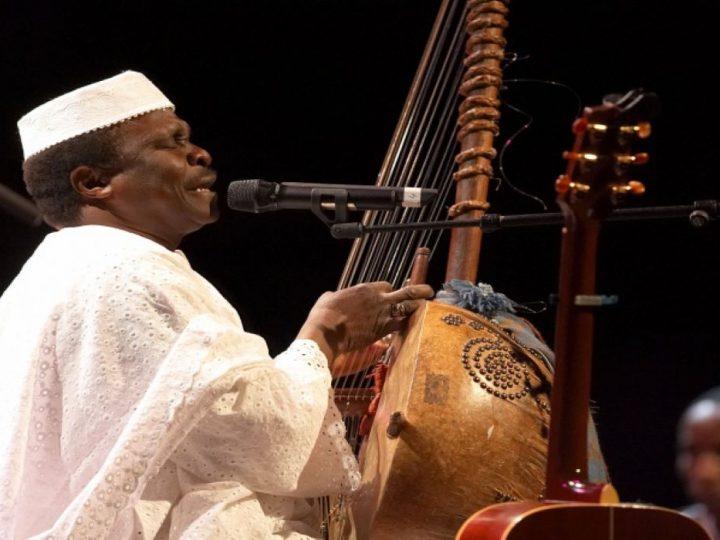 Le célèbre chanteur musicien guinéen Mory Kanté, auteur du tube « Yéké Yéké », est mort