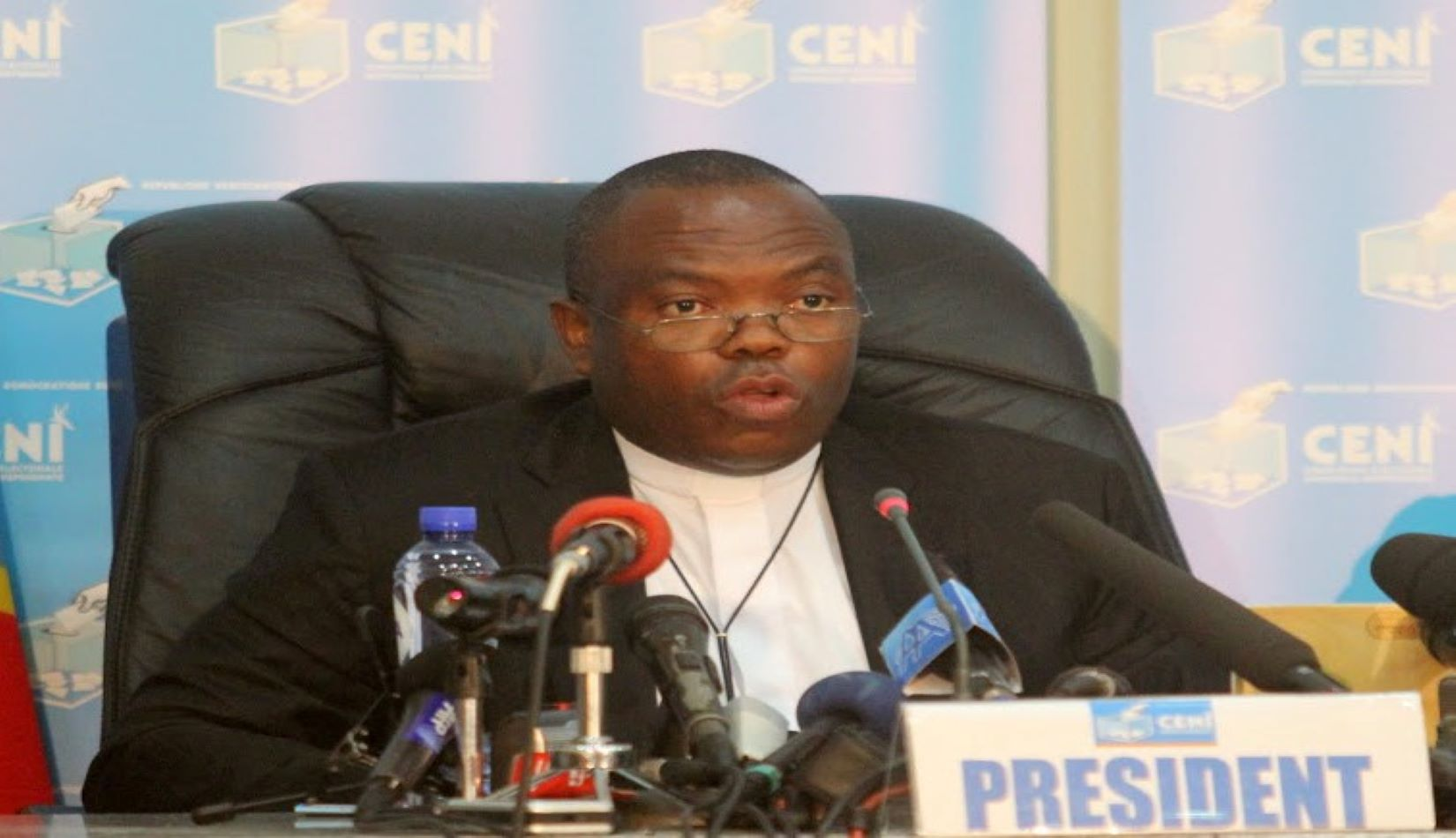 RDC: le pasteur Daniel Ngoy Mulunda, ancien président de la Ceni, condamné à trois ans de prison ferme